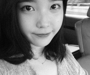 korean, singer, and selca image