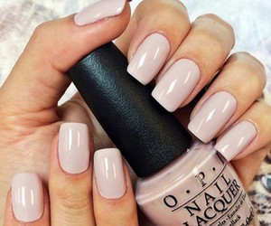 nails and pretty image