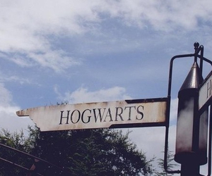 hogwarts, harry potter, and magic image
