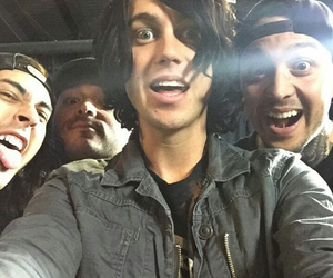 sleeping with sirens, band, and pierce the veil image