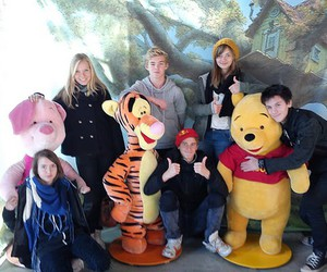 friends and winnie the puh image