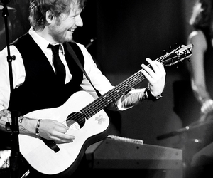 ed sheeran, singer, and sheeran image