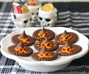 Halloween and chocolate image