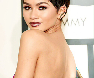 grammy, lipstick, and short hair image
