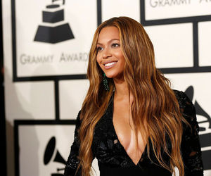 beyoncé, grammys, and queen bey image
