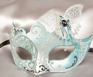 mask and pretty image