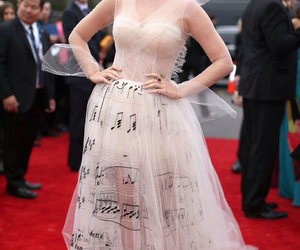 katy perry and dress image