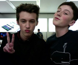 trevor moran, troye sivan, and o2l image