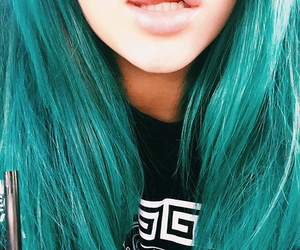 hair, kylie jenner, and lips image