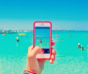 summer, sea, and iphone image