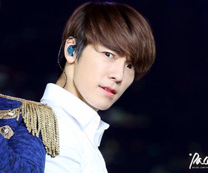 angry, donghae, and xD image