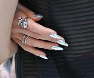 silver nails image
