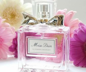 flowers and miss dior image