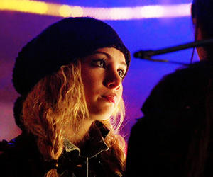 lost girl and ksenia solo image