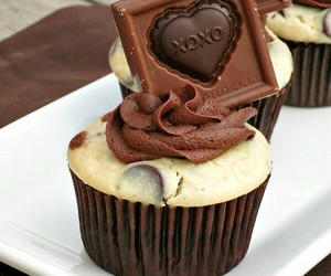 cupcakes, drinks, and food image