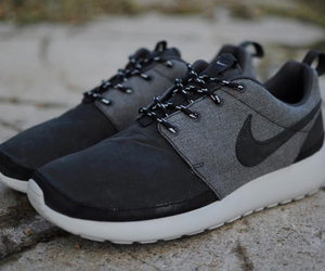 nike and roshe run image