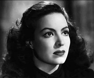 Elle, mexican beauty, and maria felix image