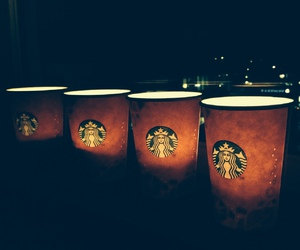 cups and starbucks image