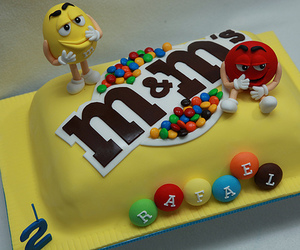 cake and m&m image