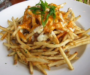 cheesy, food porn, and French Fries image