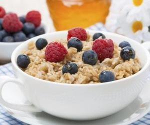 berries, breakfast, and oats image