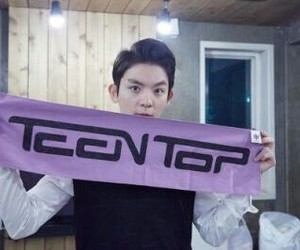ricky and teen top image