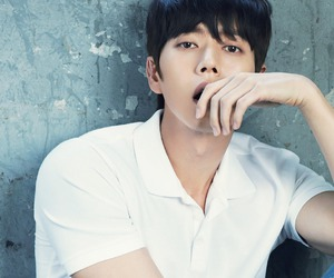 esquire magazine, korean actor, and park hae jin image