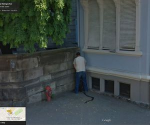 google street view and pee image