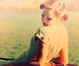girl and the notebook image