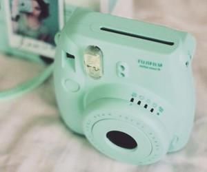 camera, polaroid, and green image
