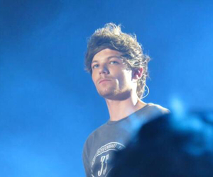 one direction, otra tour, and louis image