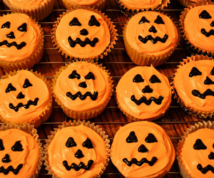 Halloween, cupcake, and pumpkin image