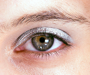 eye, beautiful, and makeup image