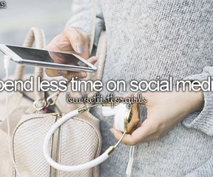 social media and bucket list image