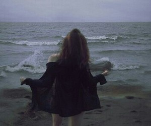 girl, grunge, and sea image