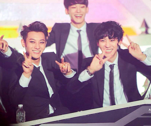 Chen, exo, and tao image