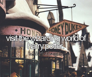 harry potter, honeydukes, and hogwarts image