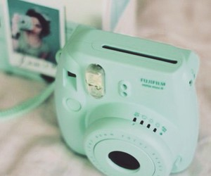 camera, polaroid, and green image