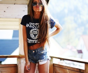gold, jeans, and tanned image