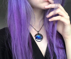 hair and necklace image
