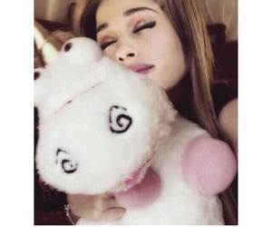 ariana grande and unicorn image