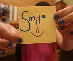 smile' and lluly image