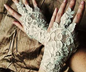lace, gloves, and ladysuzanne image