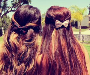 hair, best friends, and bow image