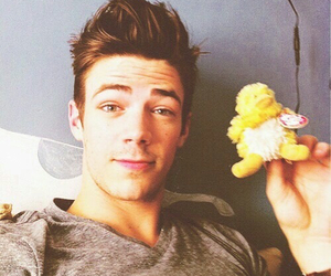 grant gustin, flash, and grantgustin image