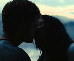 peeta, katniss, and kiss image