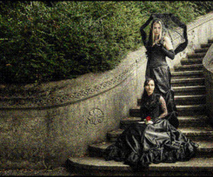 fashion, black, and gothic image