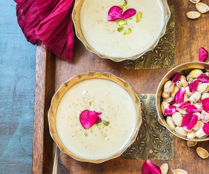 indian, rice pudding, and pistachio image