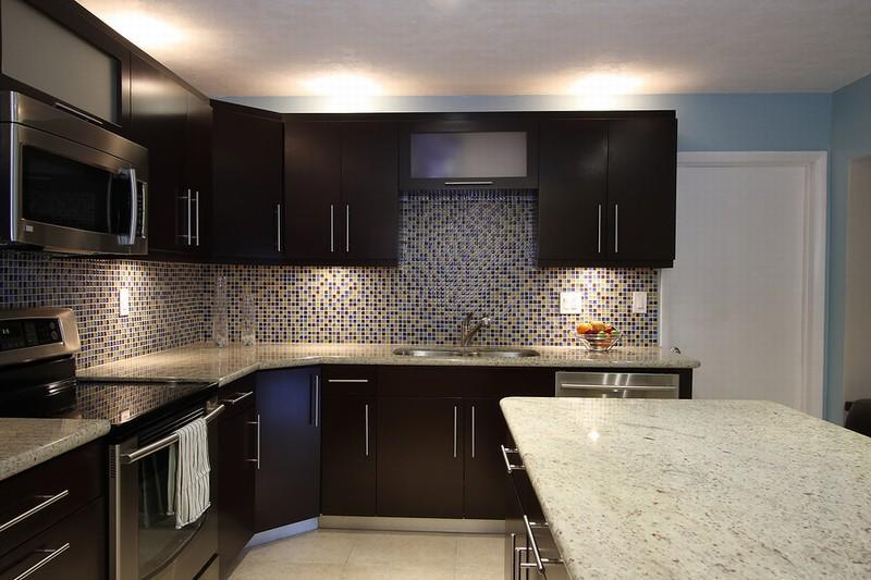 Kitchen The Great Design Of Kitchen Backsplash Ideas For Dark Cabinets With Glass Gray Tile Style Of Backsplash With White Granite Countertop And With White Roof Also With Blue Wall The Sweet