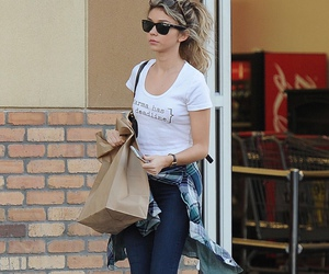 candid, fashion, and sarah hyland image